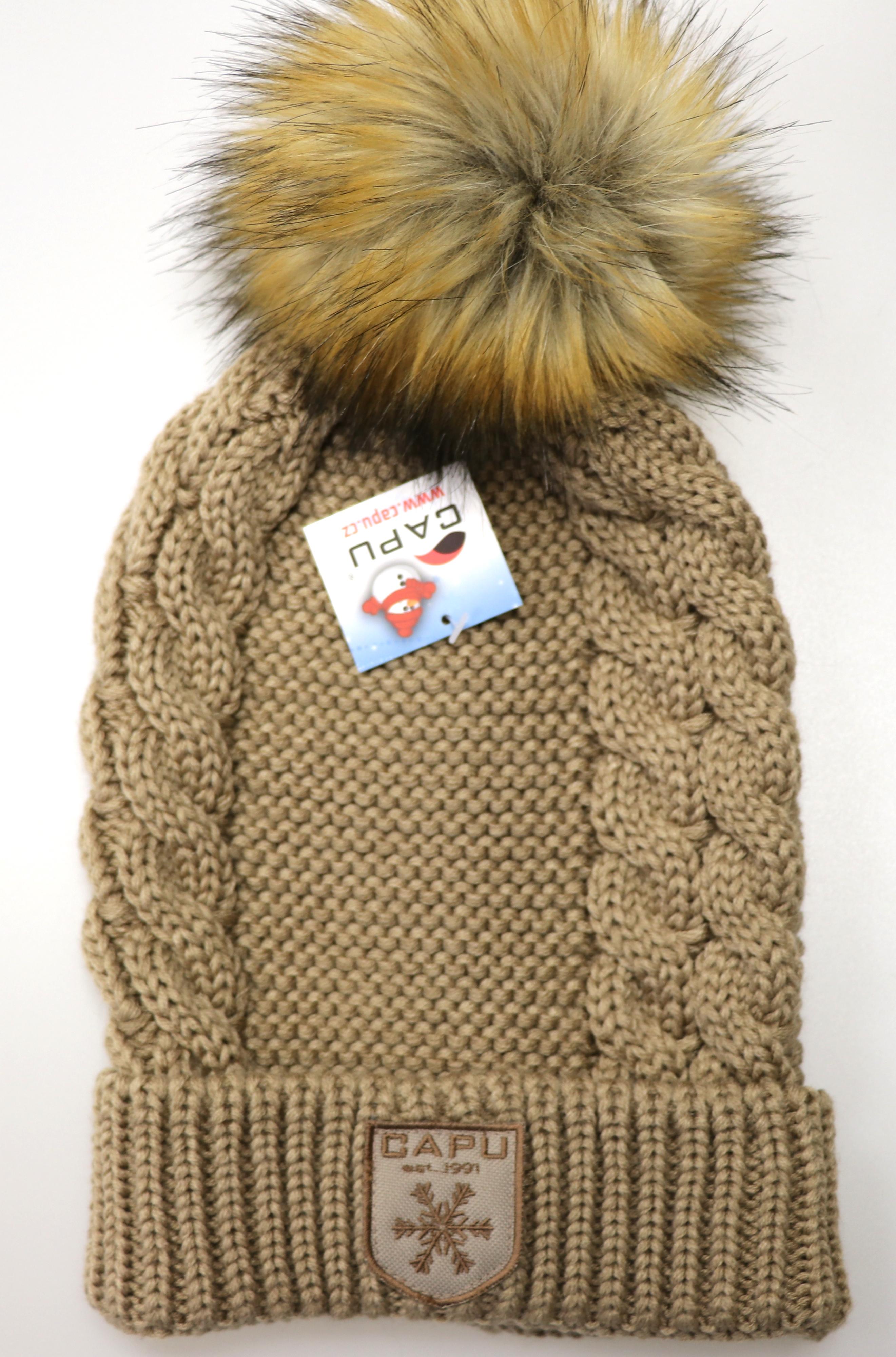 2981de9eb Detská móda | Zimná čiapka s brmbolcom CAPU 1003 hnedá | Mayoral ...