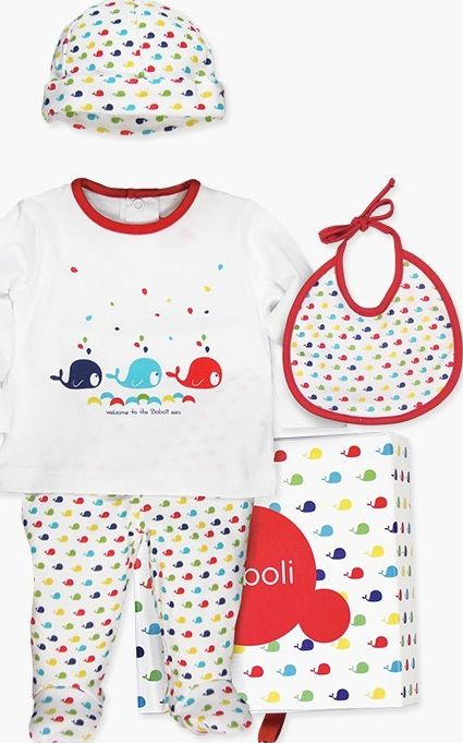 Boboli 27133018-1100 Pack 4 pieces with gift case for baby